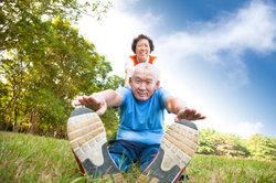 Auch Bewegung kann den Darm wieder in Schwung bringen.