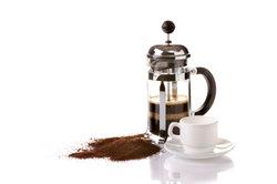 French Press - Kaffeemaschine und Kanne in einem.