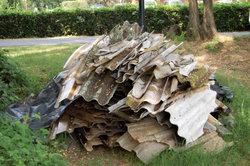 Asbesthaltiger Faserzement ist giftiger Sondermüll.