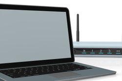Unter dem Router verbirgt sich meist Ihr Netzwerkschlüssel.