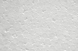 Zum Kleben von Polystyrol verwenden Sie einen speziellen Dispersionskleber.