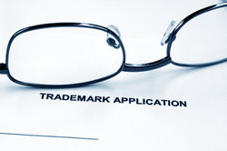 Es gibt außer Patentanmeldungen unter anderem auch Markenanmeldungen.