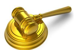 Gerichte befassen sich mit Mahnverfahren.