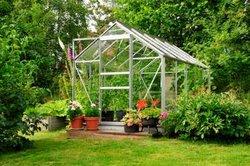 Die Gewächshausbepflanzung in der kalten Jahreszeit sollte gut geplant sein.