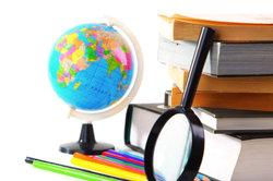 Lehrer dürfen berufliche Aufwendungen steuerlich absetzen.