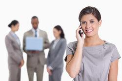 Die meisten Telefone besitzen Telefonverzeichnisse.