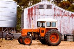 Auch mancher Traktor darf mit Klasse B gefahren werden.