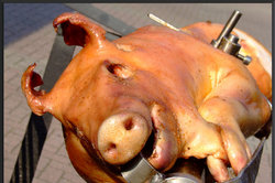 Bei Spanferkel gibt es Fleisch satt.