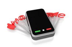 Das Smartphone bietet Internetzugang, aber weniger Nutzungsmöglichkeiten als andere Geräte.