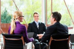 Fragen beim Vorstellungsgespräch müssen Sie nicht unvorbereitet ereilen.
