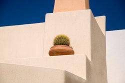 Beton eignet sich sehr gut für eine ungewöhnliche Gartengestaltung.