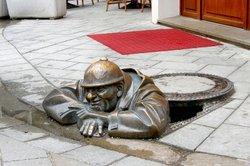 Kanalarbeiter sorgen für eine optimale Entsorgung von Abwässern!