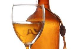 Rum kann in unterschiedlichen Gläsern serviert werden.