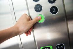 Betriebskosten für Aufzüge sind umlagefähige Nebenkosten.