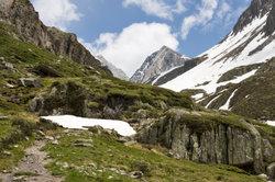 Meran ist ein beliebter Ausgangspunkt für Wanderungen oder Motorradtouren in Südtirol.