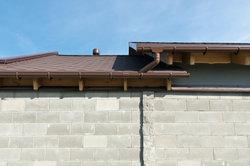 Bei einem Dachentwässerungssystem aus Kupfer gibt es einiges zu beachten.