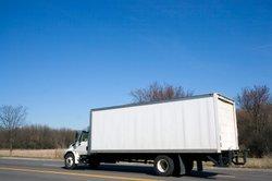 Ein Kraftfahrer auf Transporttour