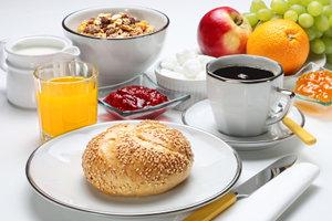 Egal ob Brötchen, Müsli oder Joghurt - das Frühstück ist eine sehr wichtige Mahlzeit.
