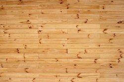 Holz- und Korkparkett im Vergleich