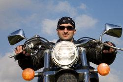 Geräte mit der Bordspannung vom Motorrad betreiben