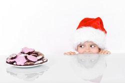 Ein weihnachtliches Theaterstück für Kinder inszenieren.