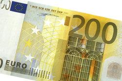 Sie entscheiden über monatliche Auszahlungshöhe - 300, 100 oder 200 Euro.