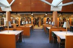 Alle Eliteuniversitäten verfügen über umfassende Bibliotheken.