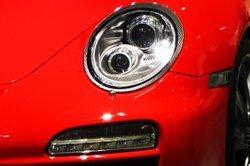Porsche 996 - auch auf der Kö zu Hause.