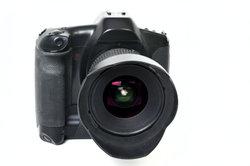 Die Niokn D5100 hat einen Autofokus.