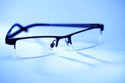 Brillen können Sie problemlos online erwerben.