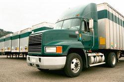 Der Münz-Fahrzeugbau verkauft auch LKW-Anhänger.