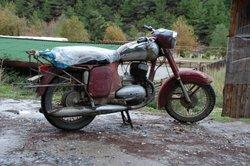 Eine etwas ältere Jawa 350