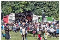 Konzertagenturen in Deutschland organisieren Live-Musik.