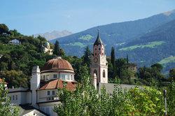 Idyllische Orte, quirlige Städte, beeindruckende Landschaft - das ist Südtirol.