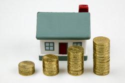 Geldgeber kann neben Bank oder Bausparkasse auch ein Versicherer sein.
