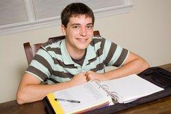 Während des Studiums begegnet Ihnen disziplinübergreifendes Wissen in Büchern.
