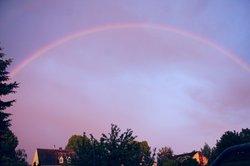 """Ein """"fast"""" kompletter Regenbogen"""