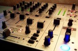 Für Audiowiedergabe benötigen Sie die richtigen Sound-Treiber.