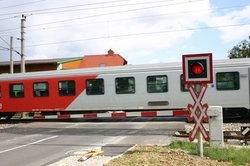Züge haben Vorfahrt und Reisende weniger Stress.