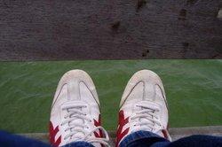 Mit der Zeit können Sie mit fast allen Schuhen shufflen.