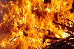 Feuer ist ein gutes Beispiel für exotherme Reaktionen.