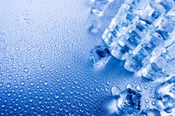 Eis ist der feste Zustand von Wasser.