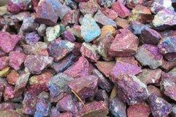 Opale sind beliebte Schmucksteine.