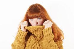 Frauen wollen starke Armbehaarung gerne verstecken.