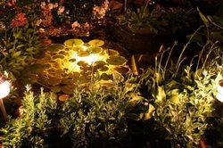 Viel Arbeit, aber auch viel Freude: Ein beleuchteter Teich