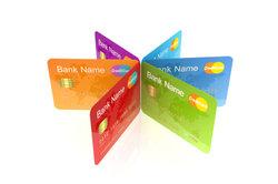 Prepaid-Kreditkarten gibt es für Jugendliche ab einem Alter von 14 Jahren.