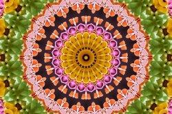 Im Kaleidoskop ist das Legebild eine optische Täuschung.