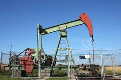 Erdöl wird weltweit gefördert.