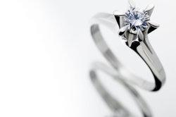Der wohl härteste Stein ist der Diamant.