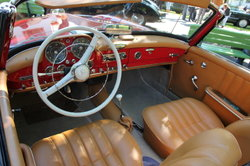 In jedem Auto ist das Radio austauschbar.